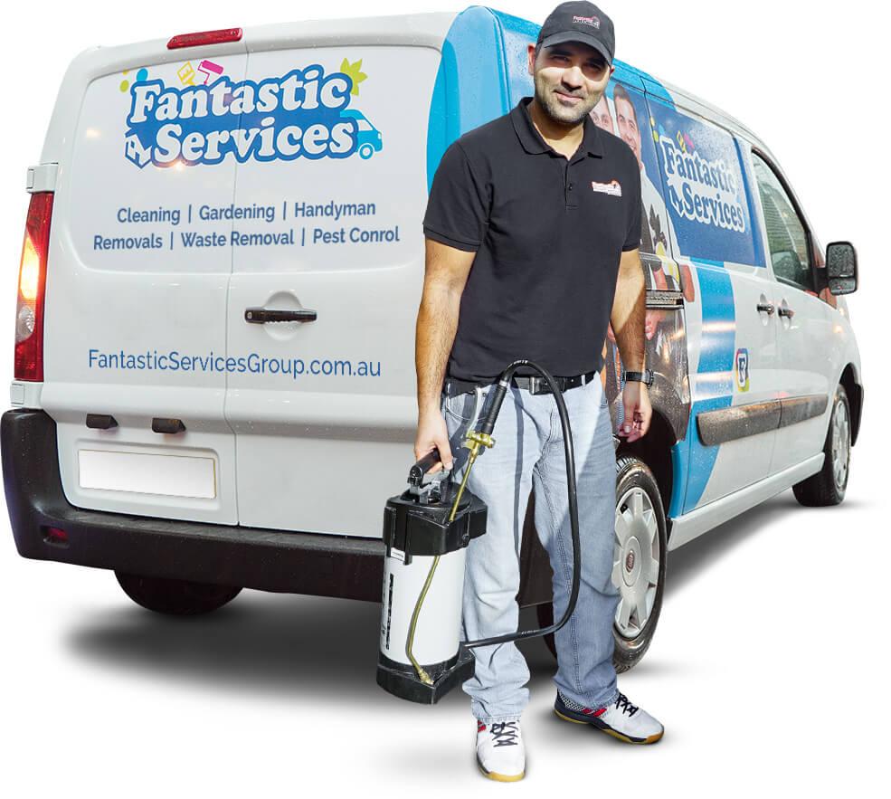 Fantastic Pest control Melbourne technician